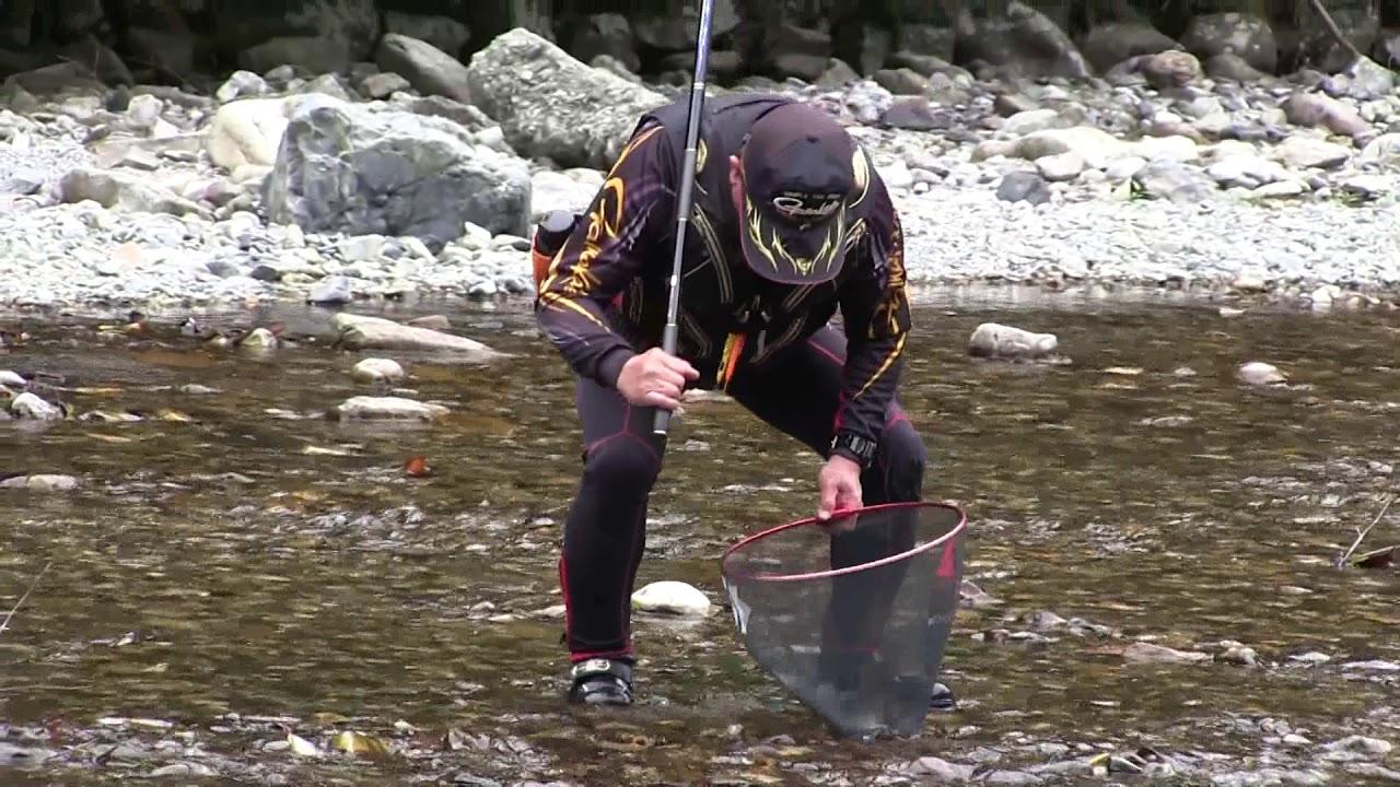 吉野郡下北山村「西の川」のアユ釣り